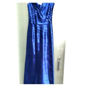 Stunning sapphire banded BCBG evening gown